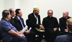 Líderes religiosos en Colorado promueven iniciativa de paz para el Medio Oriente.