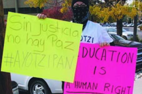 En apoyo de los estudiantes desaparecidos en México