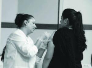 La importancia estar registrados para un seguro de salud y saber elegir el mejor plan para sus necesidades de atención médica. (Foto de Germán González)