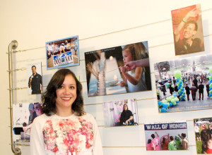 Myrna Panza es la coordinadora entre la organización y las familias hispanas.