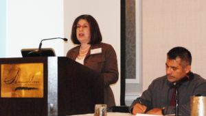 Gabriela Uro, Director for English Language Learner Policy and Research, Council of the Great City Schools y Agustín Duran, Editor de noticias del periódico Hoy Los Angeles.