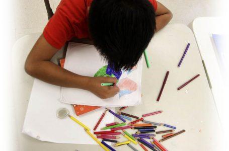 Los desafíos que enfrentan los niños refugiados en escuelas de EE.UU.
