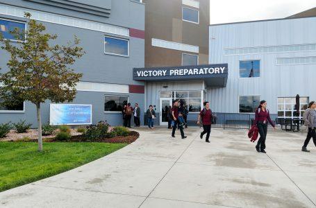 Estudiantes de preparatoria suspendidos