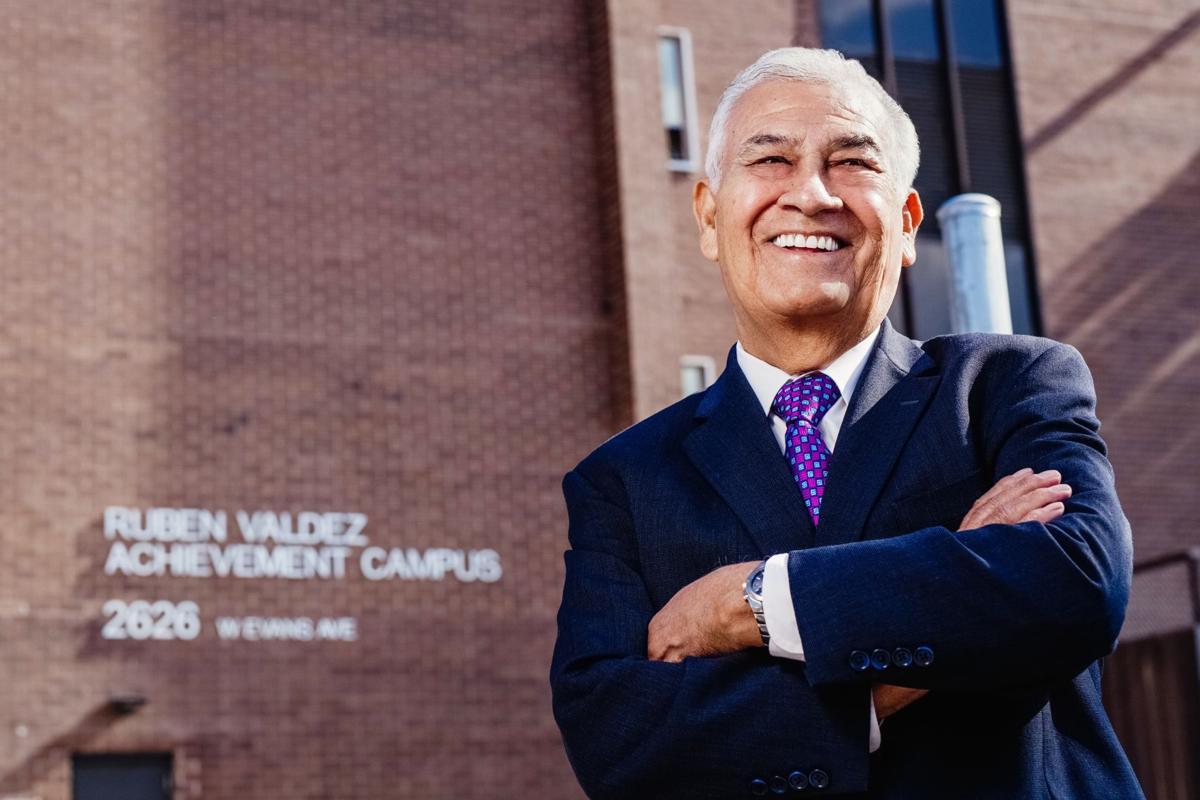 Honran a ex-presidente de la Cámara de Colorado: Rubén Valdez