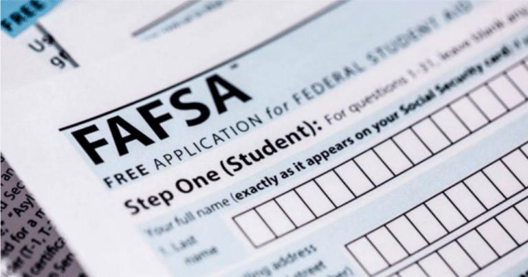 Si no está seguro de ir a la universidad, es recomendable completar la FAFSA