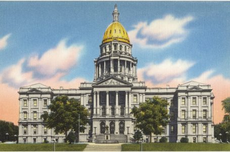 Ciudad de Denver extiende orden  hasta Mayo 8