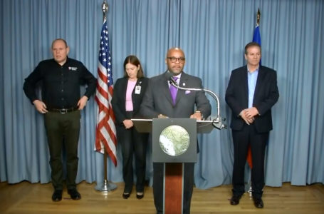 Alcalde ordena que la gente debe quedarse en casa