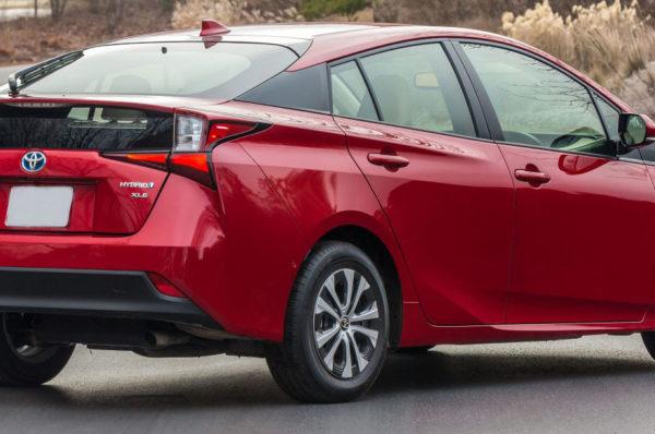 2020 Toyota Prius XLE AWD Hybrid