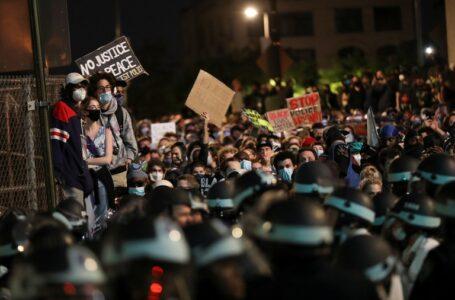 Pagaban para causar caos  en las protestas en EEUU
