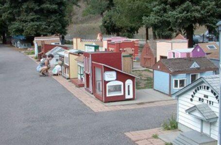 Tiny Town no abrirá este verano