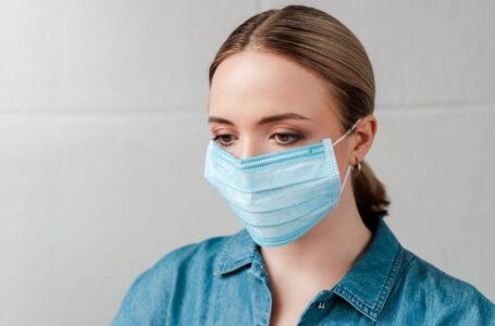 """Experto: uso del cubre bocas puede ser """"muy peligroso"""""""