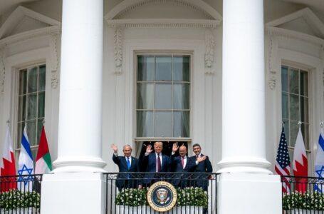 ¡Grandes acuerdos de paz firmados en la Casa Blanca!
