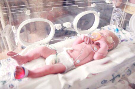 Anuncia orden ejecutiva que protege a los bebés que sobreviven al aborto