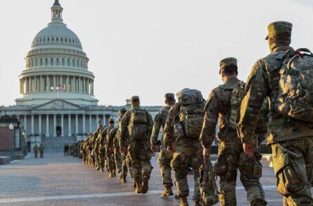 FBI investigó posible infiltración en el cuerpo de guardias en Washington D.C.