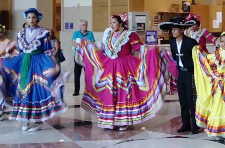 Los hispanos no somos 'latinx', deja de intentar anglicizar nuestro idioma español