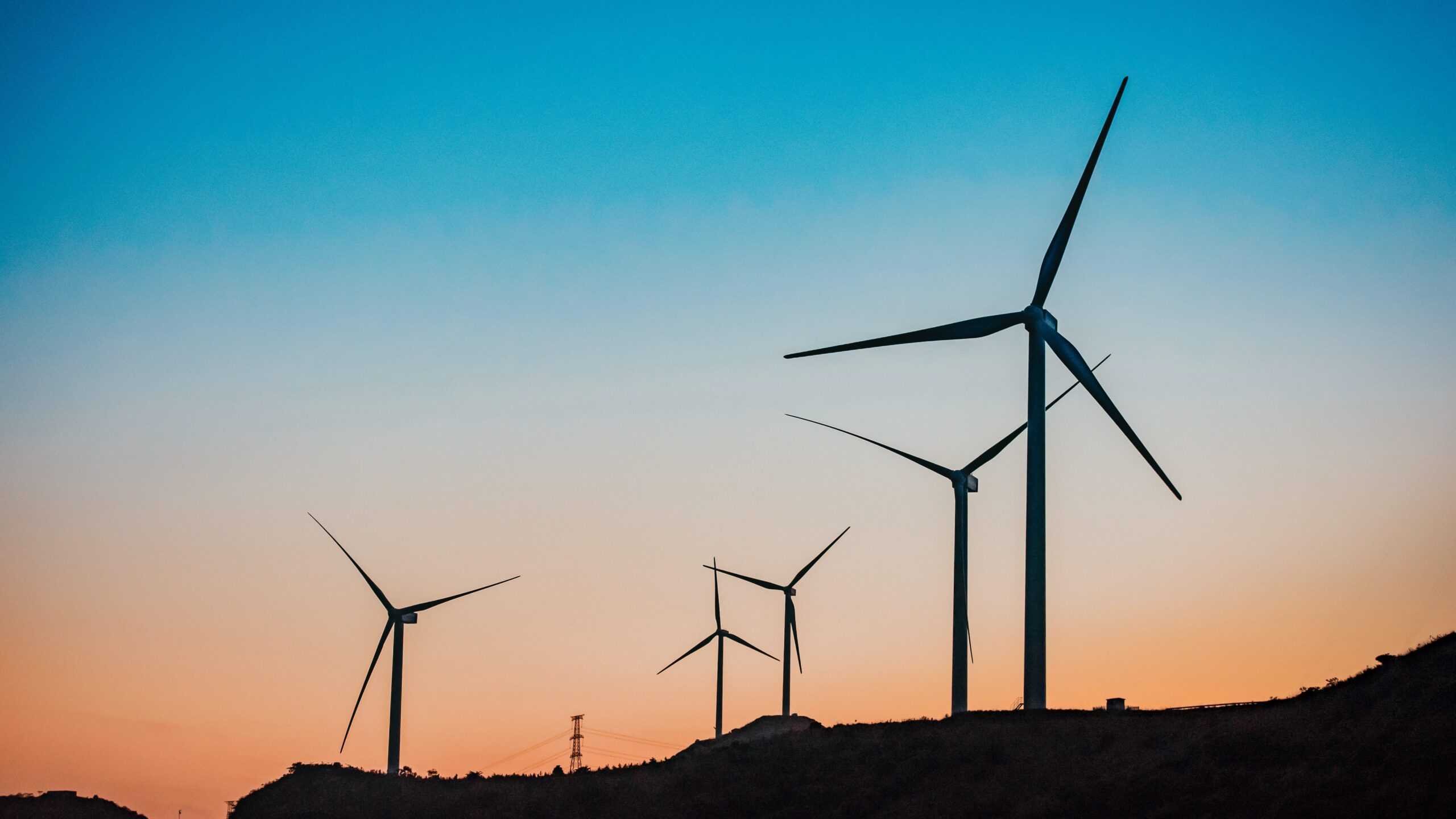 Revela plan de energía de $ 8 mil millones en Colorado anclado por energía renovable