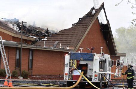 FBI ofrece recompensa de $10,000 a cambio de información de incendio provocado en Iglesia