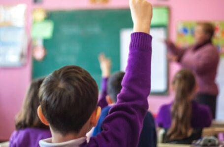 PADRES DE FAMILIA Denuncian adoctrinamiento sexual a niños en escuela