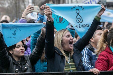 TRIUNFO PROVIDA: Juez ordenó suspender la ley del aborto en toda Argentina