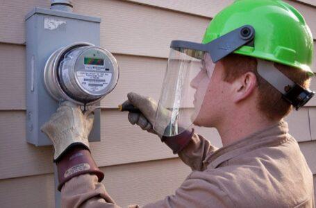 """Obtendrán """"medidor inteligente"""" que cobrará más por electricidad utilizada durante períodos pico"""