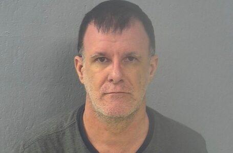 Ex maestro ha sido condenado a 41 años por explotar sexualmente a estudiantes